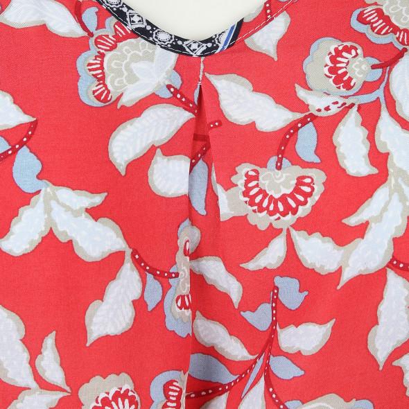 Große Größen Bluse im schönen Farb- und Musterdesign