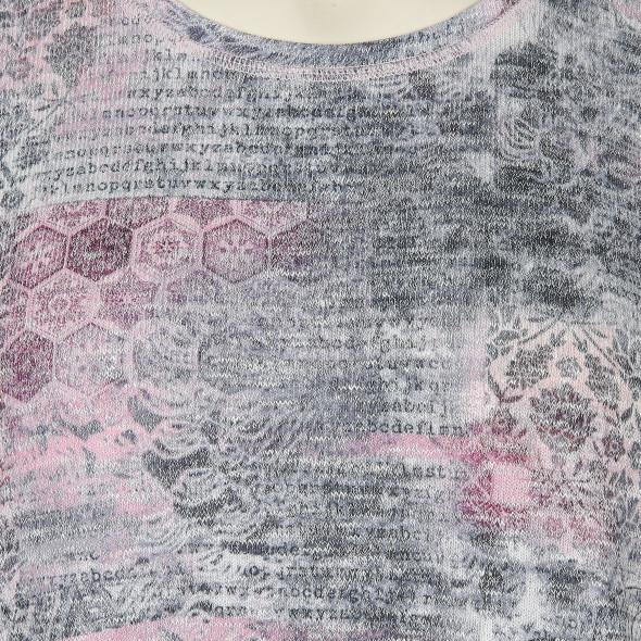 Große Größen Shirt mit effektvollem Print