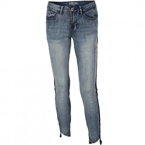 Damen Jeans in trendigem Look