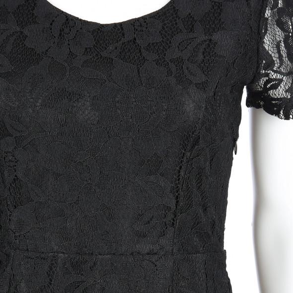 Damen Spitzenkleid mit transparenten Ärmeln