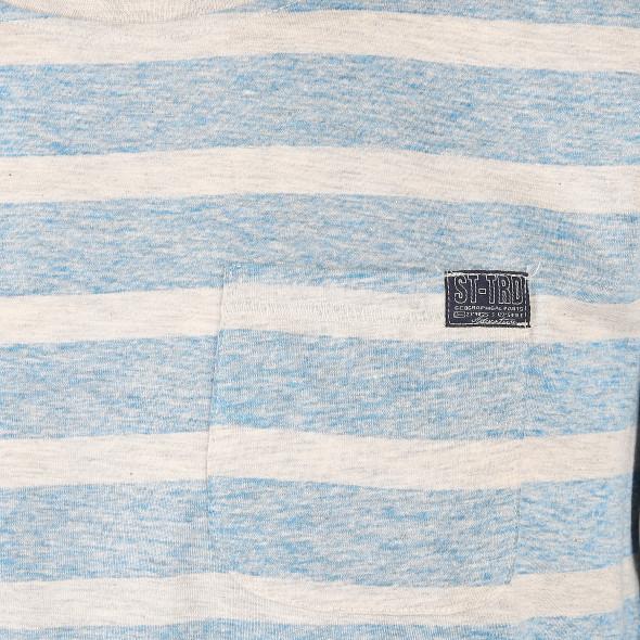 Herren Shirt im linksgedrehten Streifenlook
