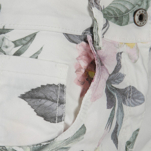 Damen Bermuda mit Blumendruck