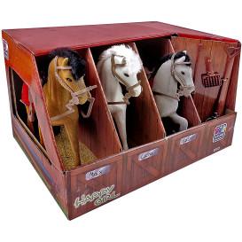 Kinder Pferdestall mit drei Pferden und Zubehör
