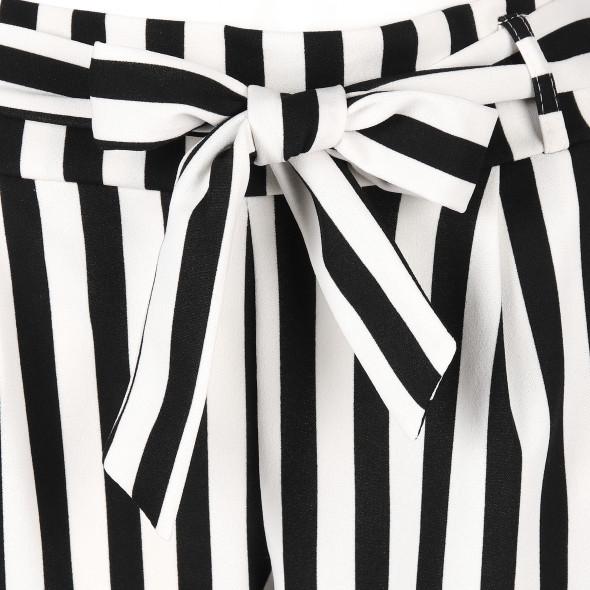 Damen Hose im Streifenlook
