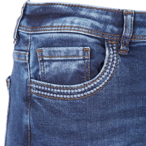 Damen Jeans in Skinny Form