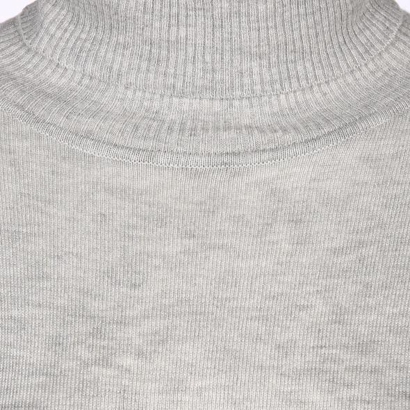 Hailys KAROL Rollkragen Pullover mit schrägem Saum