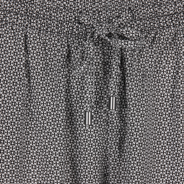 Damen Schlupfhose im Minimalprint