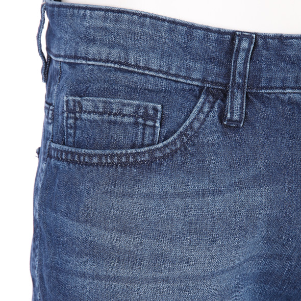 Herren  Jeans Shorts mit gleichmäßiger Waschung