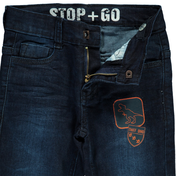Jungen Jeans mit gummiertem Print