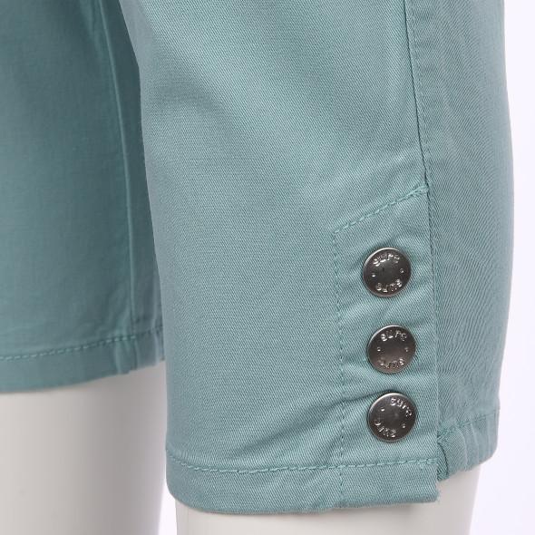 Damen Capri Hose mit seitlichen Knöpfen