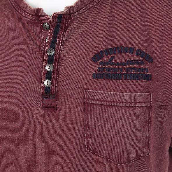 Herren Henley Shirt im Used Look