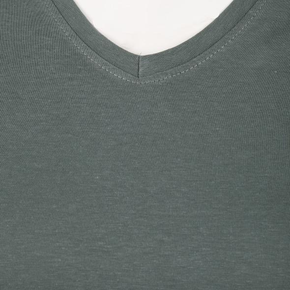 Damen Basic-Shirt mit V-Ausschnitt